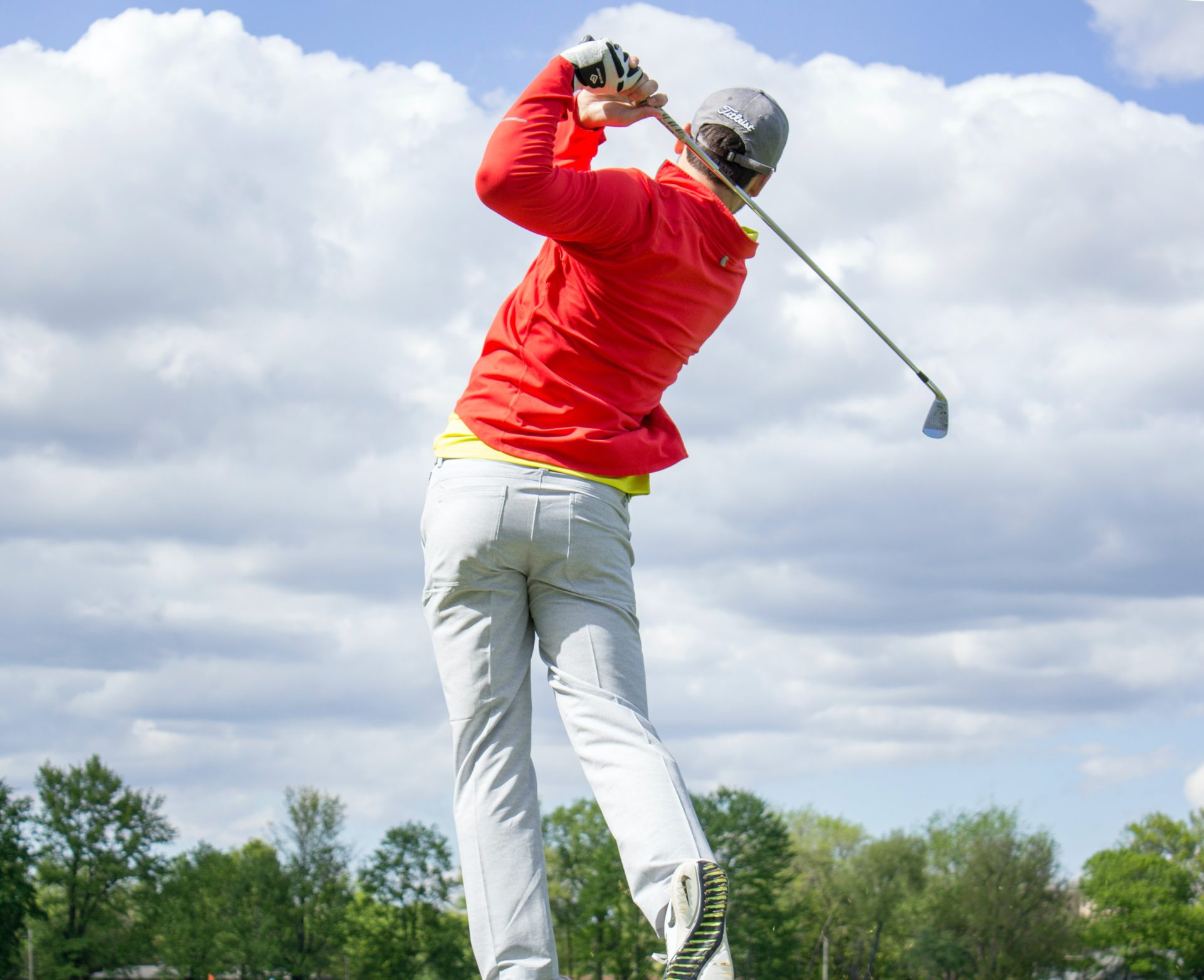 最高のフェードを打つゴルファー